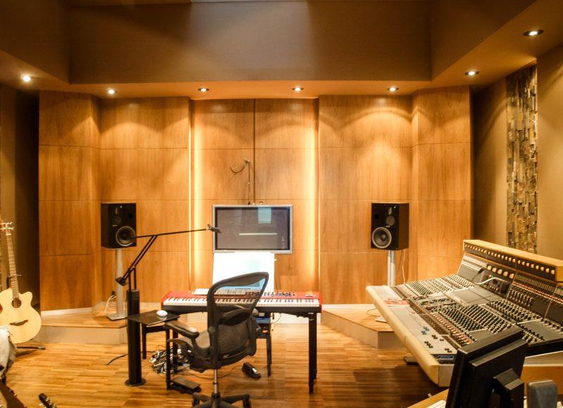 Studio NM, compositeur